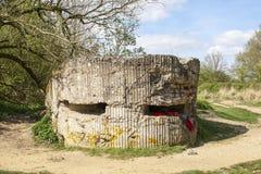 WW1 foxhole geul van dood in Diksuimde Vlaanderen België royalty-vrije stock foto's