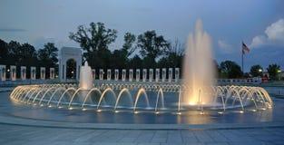 WW II pomnik przy zmierzchem Fotografia Stock