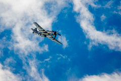 WW2 P-51 Mustang Diving Stock Photography