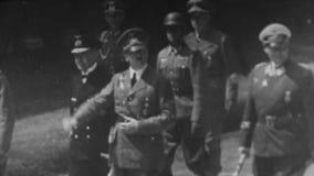 WW2 - Saludos de Hitler con los generales almacen de metraje de vídeo