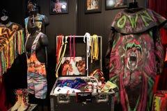 WWE传奇最后战士成套装备、面孔油漆和照片二 免版税库存图片