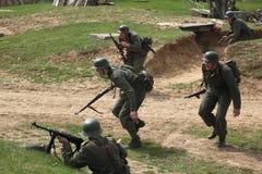WWII争斗的再制定在Orechov的 库存照片
