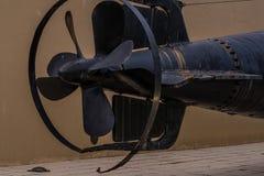 WWII日本人潜水艇的船舵和推进器部分 库存图片