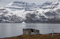 Wood shack - Scoresbysund Fjord - Greenland Stock Photo