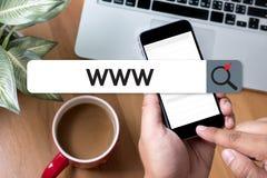 WWW strony internetowej Online Internetowej strony internetowej wyszukiwarki komputerowy związek Fotografia Stock