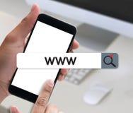 WWW strony internetowej Online Internetowej strony internetowej wyszukiwarki komputerowy związek Obrazy Royalty Free