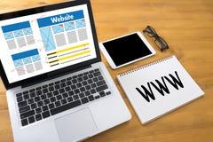 WWW-Web-pagina van Website Online Internet computerbrowser Verbinding Stock Foto