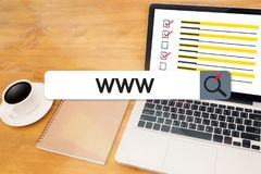 WWW-Website-on-line-Internet-Webseitencomputer Browser-Verbindung Lizenzfreies Stockfoto