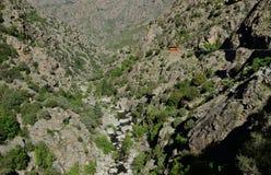 Wąwóz między Korsykańskimi pasmami górskimi Zdjęcie Royalty Free