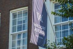 Wyłączny Waldorf Astoria hotel w Amsterdam obrazy royalty free
