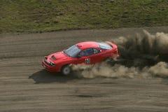 wyścigi samochodów czerwone. Zdjęcie Royalty Free
