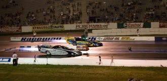 wyścigi samochodów tryskają Zdjęcie Royalty Free