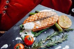 Wyśmienicie łososiowy stek z tomates Obraz Stock