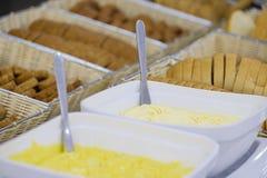 Wyśmienicie śniadaniowy bufet z źródło utrzymania 2 fotografia stock