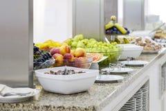 Wyśmienicie śniadaniowy bufet z owoc 1 zdjęcia royalty free