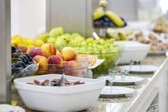 Wyśmienicie śniadaniowy bufet z owoc 2 zdjęcie royalty free