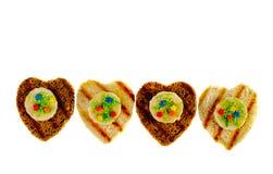Wyśmienicie grzanka biel i brown chleb z sercem kształtowaliśmy wystrój Obraz Royalty Free