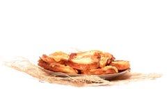 Wyśmienicie grzanka z piec na grillu serem na półmisku Zdjęcie Royalty Free