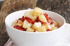 Wyśmienicie kartoflana sałatka zdjęcie stock