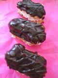 Wyśmienicie Mini Eclairs Z czekoladą obrazy stock