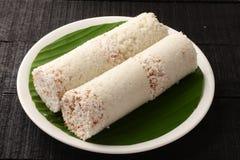 Wyśmienicie organicznie białych ryż puttu Zdjęcia Royalty Free