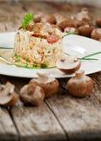 Wyśmienicie ryż z pieczarkami i rozmarynami, risotto obrazy royalty free