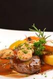 Kipieli i murawy stylowy soczysty barbecued stek Zdjęcia Royalty Free