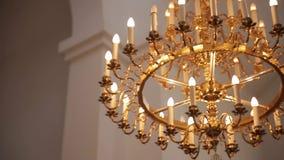 Wyśmienity świecznik po środku kościół zbiory