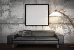 Wyśmiewa w górę plakata, duża kanapa, betonowej ściany tło Zdjęcia Royalty Free