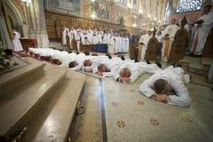 Wyświęcenie 15 Seminarians wewnątrz Deaconate przy Mynooth szkołą wyższa na 1st 2014 Czerwu fotografia royalty free