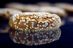 Wyśmienicie ciastko z sezamowymi ziarnami Obraz Royalty Free