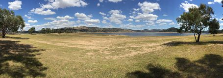 Wyangala påstår rekreation parkerar nära Cowra i landet New South Wales Australien Arkivbild