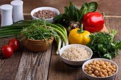 Wybór świezi warzywa, zboże, adra i legume gotujący, zdjęcia royalty free