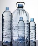 WYBÓR woda butelkowa fotografia stock