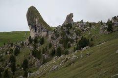 Wybitne skały pieralongia w puez geisler naturepark Fotografia Royalty Free