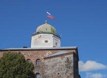 Wyborg, Russland am 3. September 2016: Turm von St. Olav und das Teil von der Wand Stockfoto