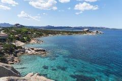 Wybrzeże Baj Sardinia w Sardinia, Włochy obrazy royalty free