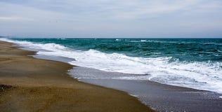 Wybrzeże Czarny morze Piasek mierzeja Niepopularna plaża Obrazy Stock
