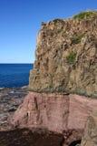 Wybrzeże i przylądkowy geological kontakt przy Kiama Australia obraz royalty free