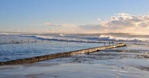 Wybrzeże przy Wschód słońca Fotografia Stock