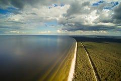 Wybrzeże Ryska zatoka, Latvia zdjęcie royalty free