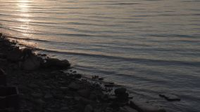 Wybrzeże zatoka Finlandia przy zmierzchem zdjęcie wideo