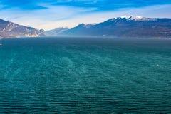 Wybrzeże gardy jezioro, desencano, Italy Obrazy Stock
