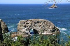wybrzeże spokojne rocky Zdjęcia Royalty Free