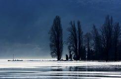 Wybrzeże Tihany w zima czasie przy Jeziornym Balaton Obrazy Stock