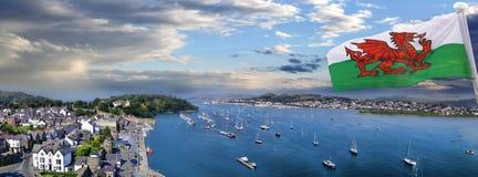 Wybrzeże Walia z Conwy zatoką w Zjednoczone Królestwo Fotografia Royalty Free