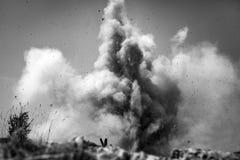 wybuch bomby Widok od okopu obraz royalty free