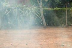 Wybuch szkoda fajerwerku krakers dla tła - (wybiórka fotografia stock