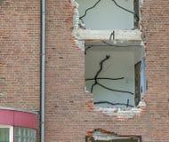 Wyburzać blok mieszkalnego Zdjęcia Stock