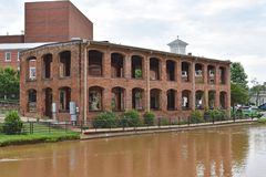 Wyche paviljong på den gälla floden royaltyfri foto